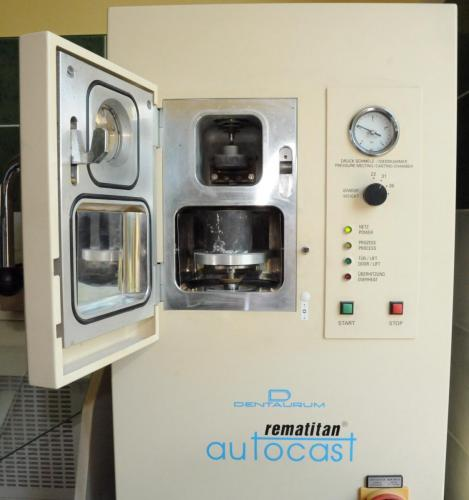 Stroj Dentaurum Rematitan AutoCast.